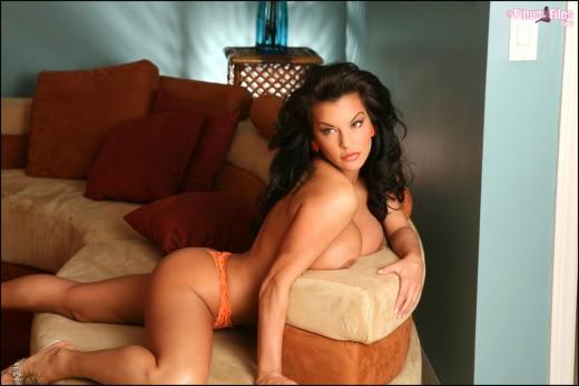 topless Nancy Erminia