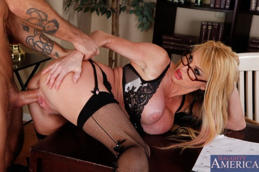 Taylor Wane fucked by Alan Stafford