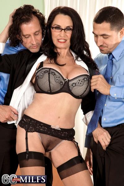 Rita Daniels with 2 guys