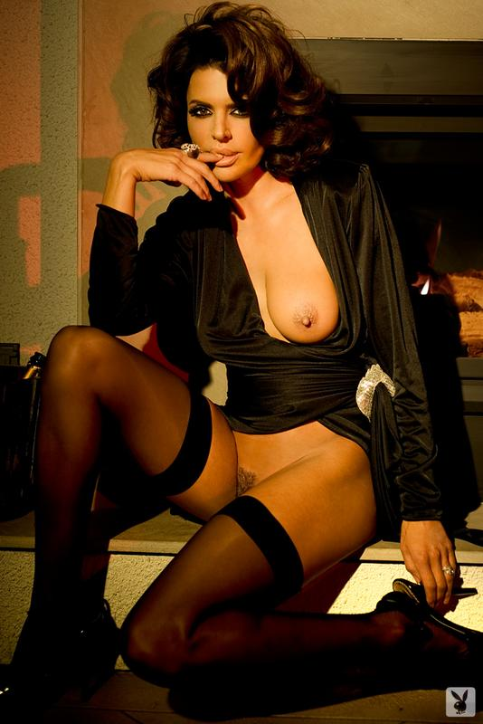Lisa Rinna nude for Playboy
