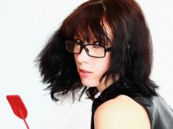 36yo webcam model Avalanche Alice wearing glasses